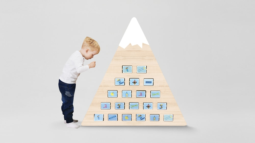 Baby game pyramid